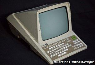 Minitel: The rise and fall of the France-wide web - BBC News