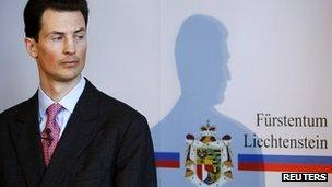 Crown Prince Alois of Liechtenstein pictured at a news conference on 12 March 2009 (file photo)