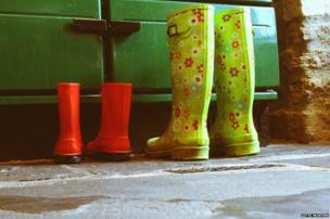Boots drying by oven
