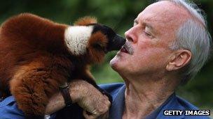 John Cleese and lemur