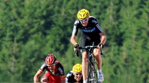 Chris Froome wins stage 7 2012