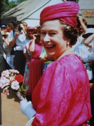 Y Frenhines ym mis Gorffennaf 1989