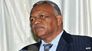 Ghazi al-Sadiq Abdel Rahim at swearing in ceremony (9 Jul 12)