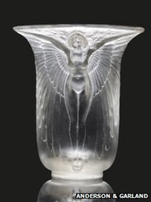 Lalique Vase Valued At 30000 Sells For 280000 Bbc News