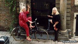 Martine and Louise Fokken