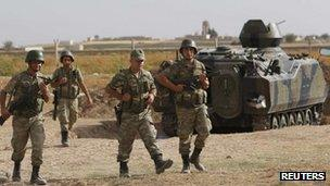 Turkish troops at Akcakale, near the Syria border, 5 Oct 2012