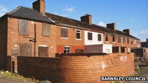 Row of derelict houses in Grimethorpe