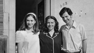 Suzana Keniger Lisboa, her mother Milke Waldemar Keniger and Luiz Eurico Tejera Lisboa