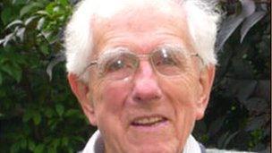 Y Dr Meredydd Evans