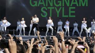 """Psy performs """"Gangnam Syle"""""""