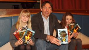 Author Matt Dickinson with School Reporters Caitlin and Nina from Madras College in Fife