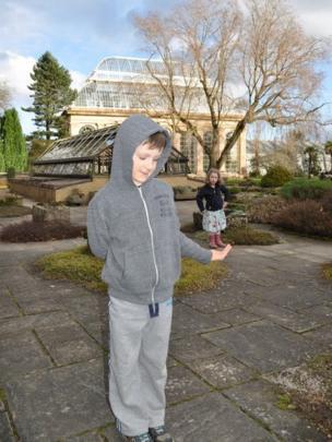 Children at Edinburgh Botanic Gardens