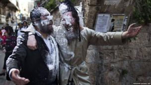 Ultra-Orthodox Jews celebrate