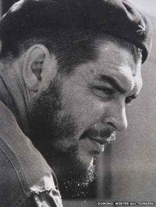 A portrait of Che Guevara wearing a beret