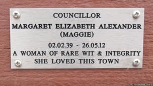 Memorial bench and plaque to Coun Margaret Alexander