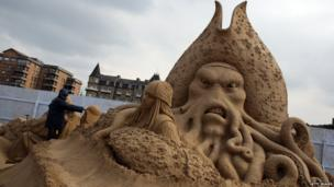 Pirates of the Caribbean sand sculpture
