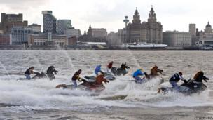 The Coral National, a 500m race on the River Mersey in Liverpool