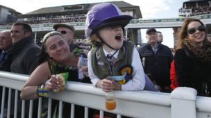 Woman and child at Aintree