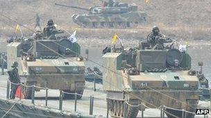 South Korean armoured vehicles in a military drill in Hwacheon (1 April 2013)