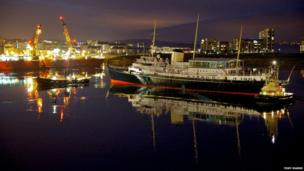 Britannia enters Leith, 2012