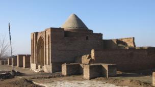 Tomb of the mystic Ali Lala in Ghazni