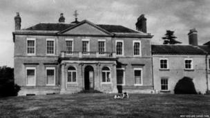 Spring Grove House in the 1920s - now part of the West Midlands Safari Park