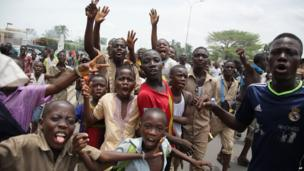 Protesting children in Lome, Togo - Monday 15 April 2013