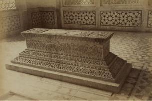 Tomb of Akbar's Daughter, Secundra [Sikandra], 1886-87