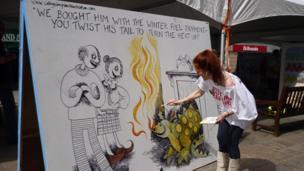 Artist Cathy Simpson