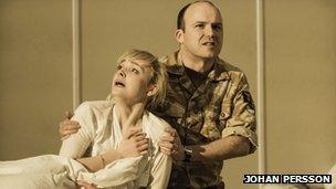 Olivia Vinall – Desdemona, Rory Kinnear – Iago