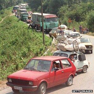 Column of Serbs fleeing Croatia