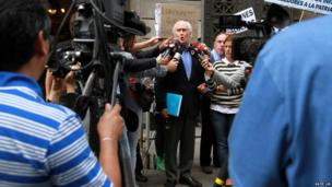 Politicians address the public outside the National Congress in Buenos Aires. Photo: Katie Lin