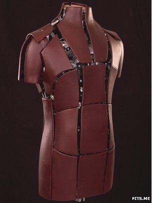 Fits.me robot mannequin