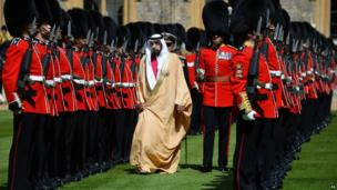 Sheikh Khalifa bin Zayed Al Nahyan Al Nahyan being given a guard of honour at a ceremonial welcome at Windsor Castle