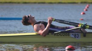 A sculler from Reading University