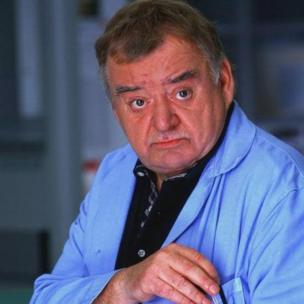 Paul Shane in Holby City