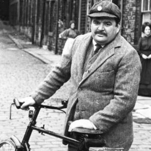 Paul Shane as Baldring in A Day Out