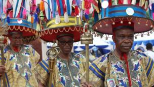 Mourners of Chinua Achebe in Anambra state, Nigeria, 23 May