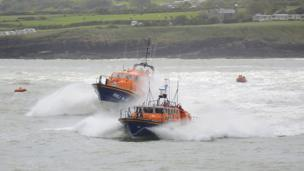 The RNLI lifeboat Robert and Violet with its replacemetn, Kiwi