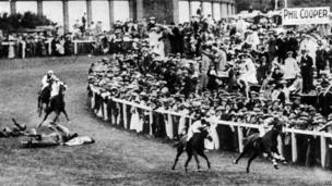 Emily Davison hit by the King's horse