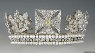 In Pictures: 1953 Coronation artefacts to be displayed ...