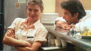 Michelle Pfeiffer and Al Pacino in Frankie and Johnny