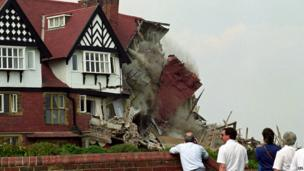 Holbeck Hall Hotel collapse