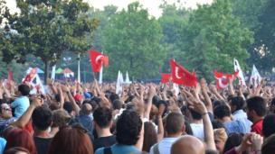 Crowds gather in Istanbul's Gezi Park, Turkey