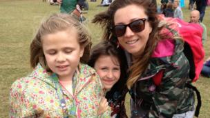 Nicky Daish with daughters Brooke and Ellie
