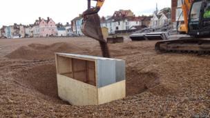 Peter Grimes, Aldeburgh beach