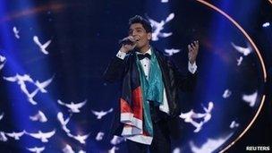 Mohammed Assaf performs after being declared winner of Arab Idol (22 June 2013)