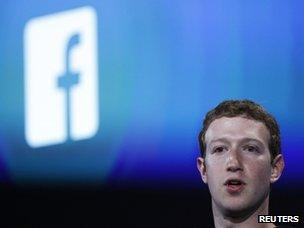 Millions exposed by Facebook data glitch - BBC News
