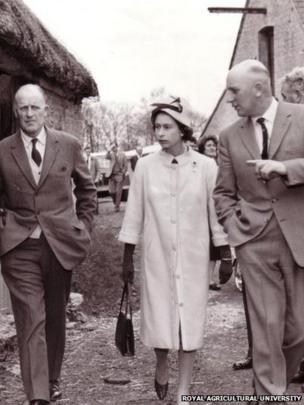 Visit of HM Queen Elizabeth in 1963