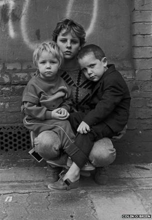 Travellers' Children in London Fields, 1987